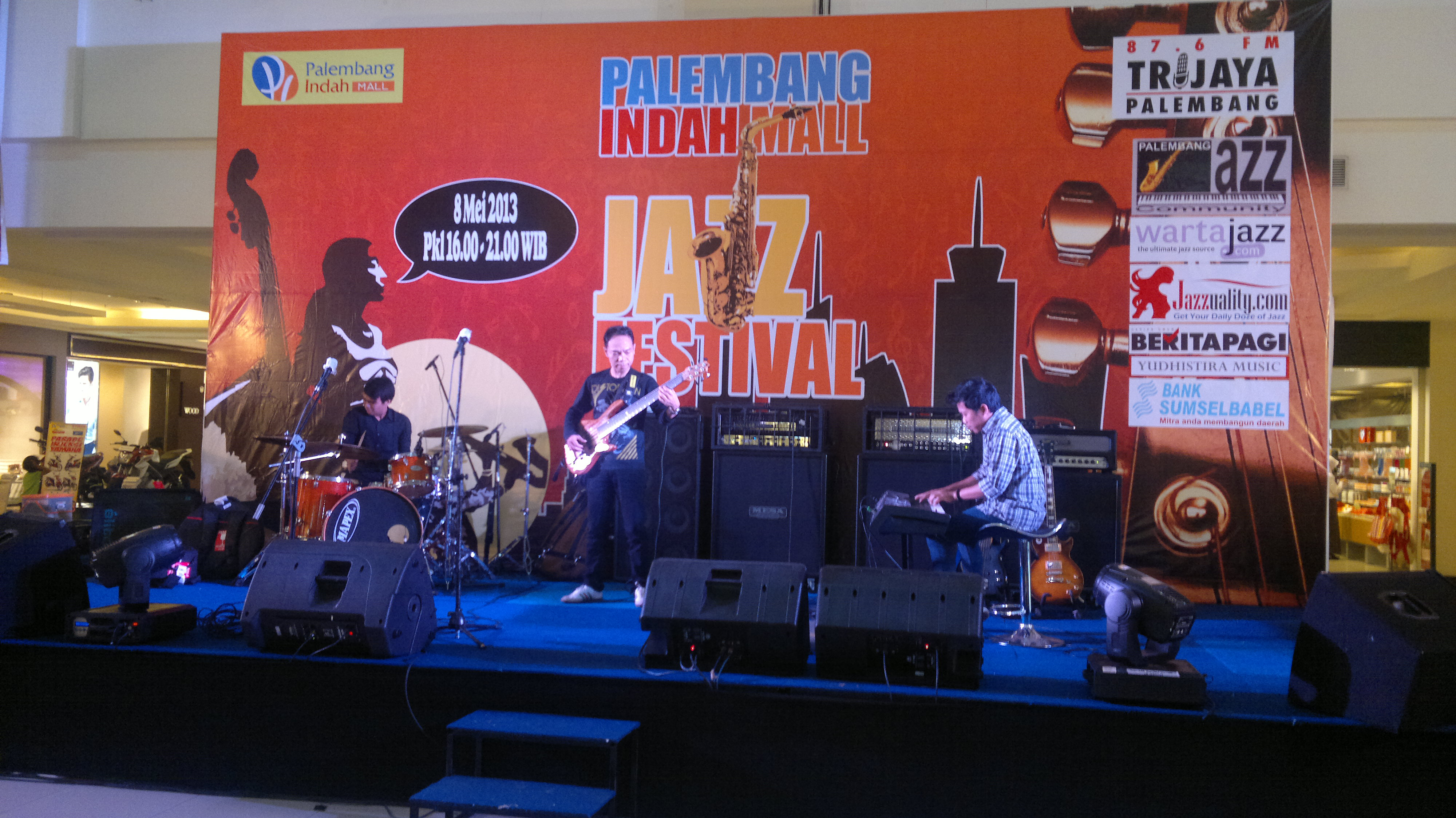 Photo of PIM Jazz Festival, Indro Menghipnotis Jazz Lover Palembang
