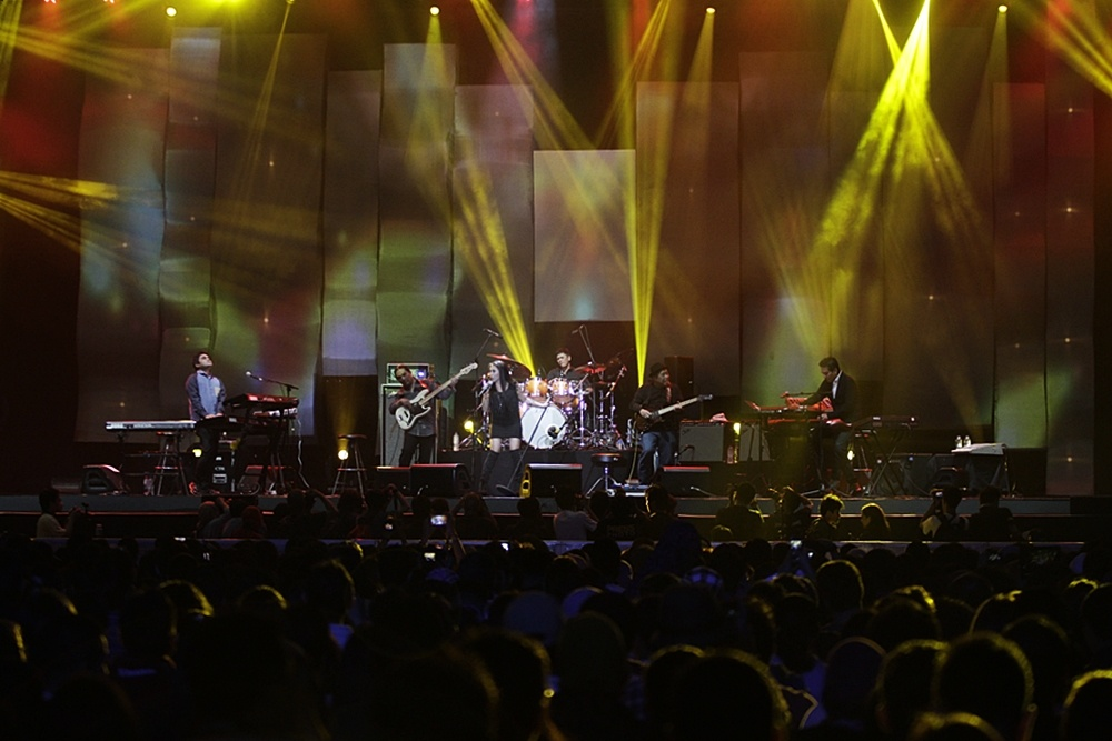 Photo of Krakatau Reunion, enam sahabat lama yang membius penonton CLEAR Java Jazz Festival 2014