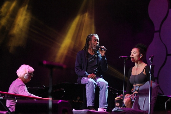 Photo of Spirit vokal Bobby McFerrin tenteramkan audiens Java Jazz Festival 2015