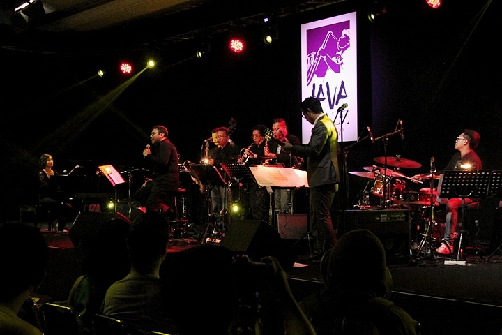 Photo of Shadow Puppets & Reed Ensemble feat. Harvey Malaiholo tribute to Cole Porter