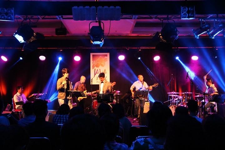 Photo of Jazz trendi ala the Dauna's di Java Jazz Festival 2015