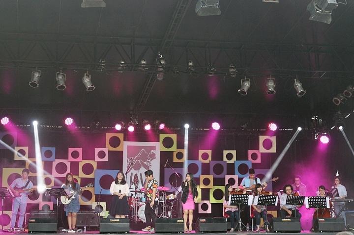 Photo of Balutan jazz tembang Nusantara UPH Conservatory Orchestra di Java Jazz Festival 2015