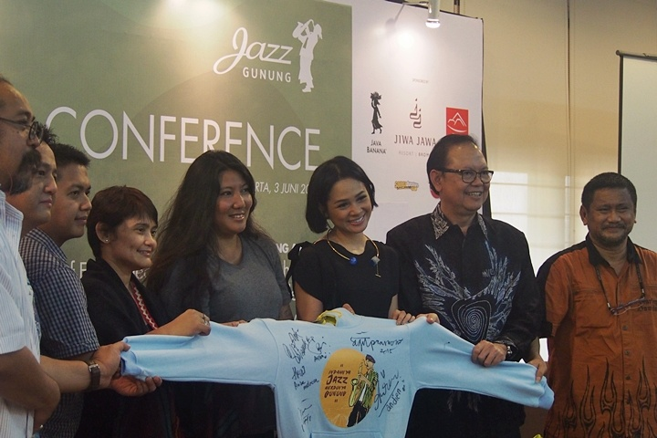 "Photo of Jazz Gunung 2015 usung tema ""Musik dan Alam Bersatu, Jazz Gunung Kaping Pitu!"""
