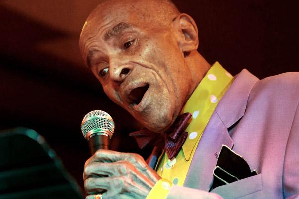 Photo of Jon Hendricks, pencetus Jazz Vocalese wafat