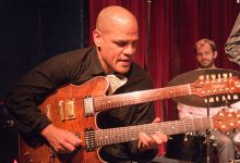 Photo of Gitaris jazz-rock ikonoklastik David 'Fuze' Fiuczynski